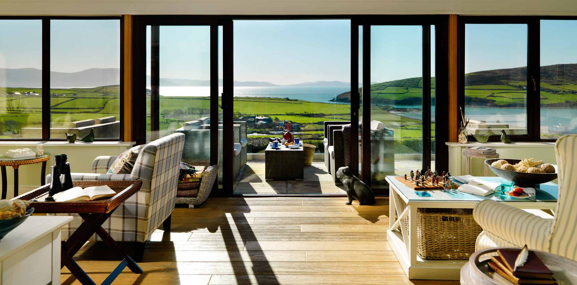 Pax Guest House overlooking Dingle Bay